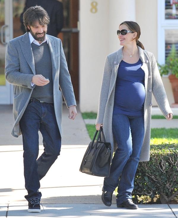 Ben Affleck and a pregnant Jennifer Garner visiting a doctor's office in Santa Monica