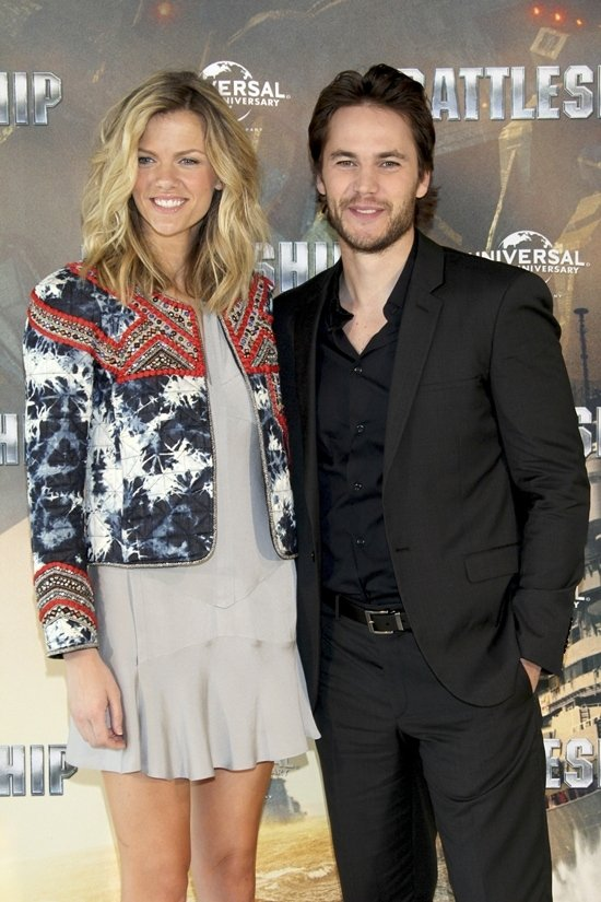 Brooklyn Decker and Taylor Kitsch at the photocall for Battleship