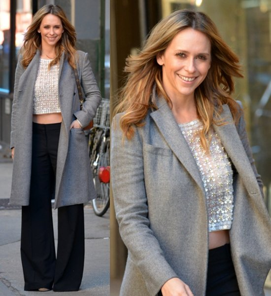 Jennifer Love Hewitt baring her midriff on a chilly day in Manhattan