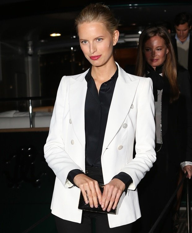 Karolina Kurkova in White Blazer