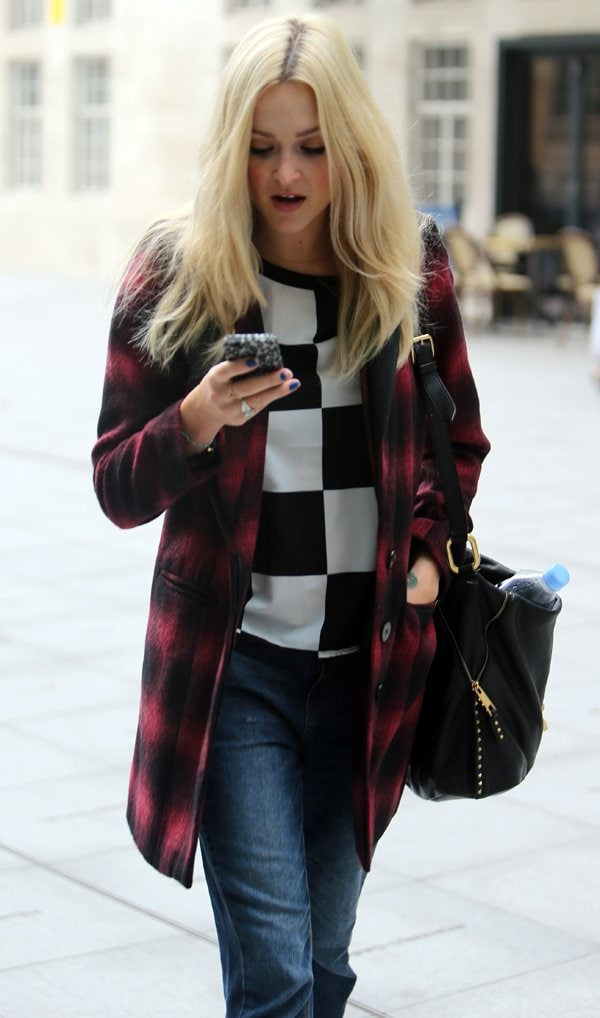 Fearne Cotton looked fabulous wearing a red and black tartan coat from her AW13 collection for very.co.uk