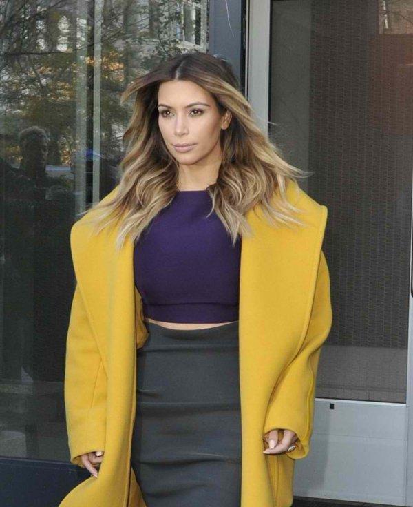 Kim Kardashian leaving her apartment in Manhattan on November 20, 2013