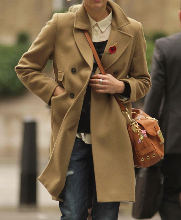 And like British presenter Fearne Cotton, layer some more with a trench coat.