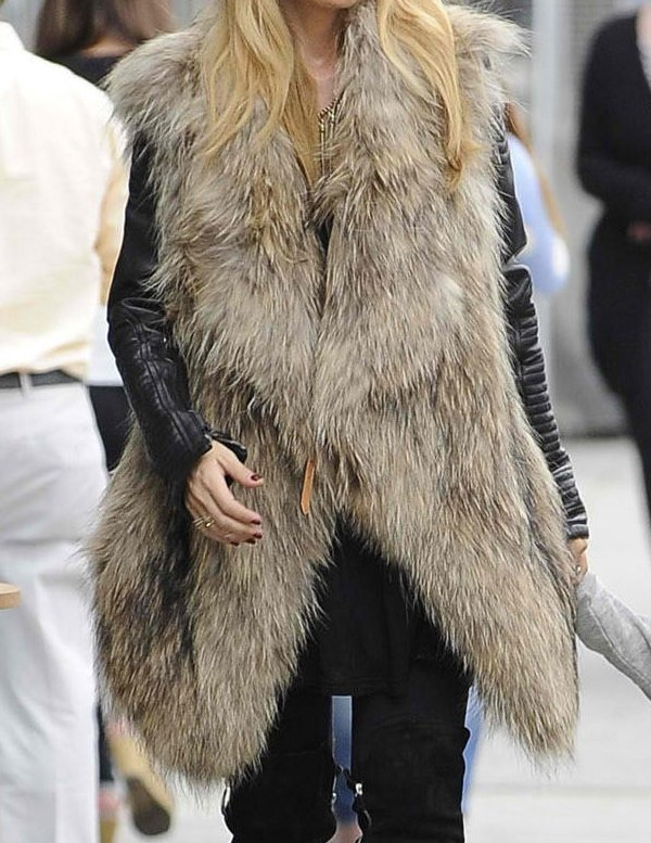 Rachel Zoe mixed her leather jacket with a luxurious fur vest to give the outfit more character