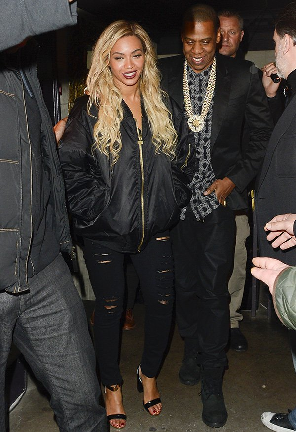 Beyonce and Jay Z leaving Mason House