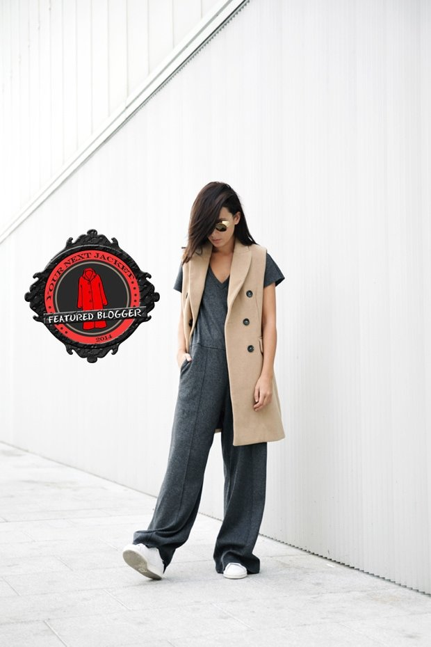 Lucía paired a camel-tone long vest with a comfy jumpsuit